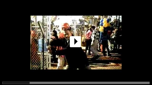 Zum Video: Ritter Jamal - Eine schwarze Komödie