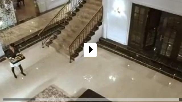 Zum Video: Das Hausmädchen
