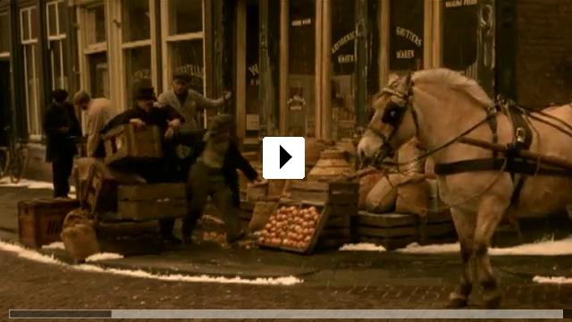 Zum Video: Krümelchen