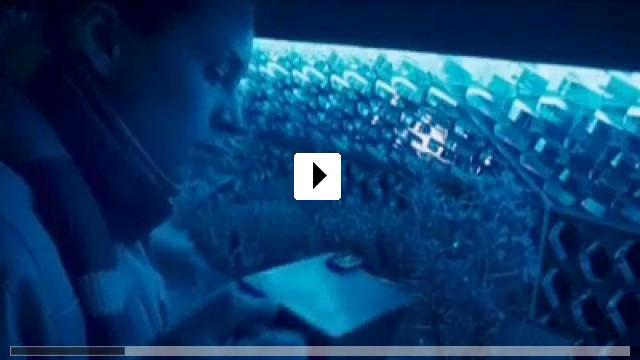 Zum Video: Cargo - Da draussen bist du allein