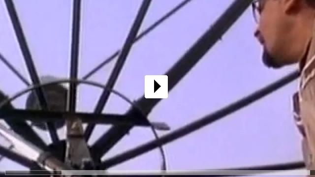 Zum Video: The Arrival