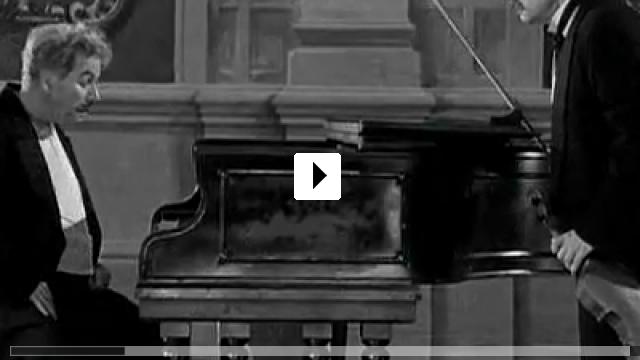 Zum Video: Charlie Chaplin - Rampenlicht