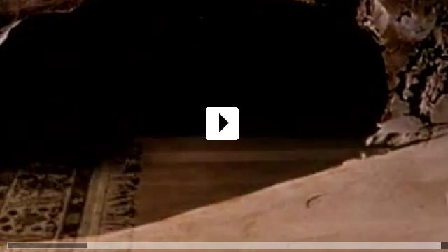 Zum Video: Chasing Sleep