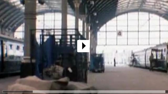 Zum Video: Clockwise - Recht so, Mr. Stimpson