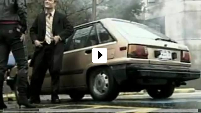 Zum Video: Donald Strachey: Und du bist raus!