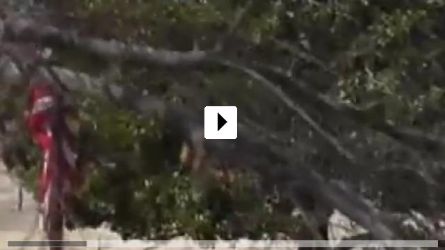 Zum Video: Land in Flammen