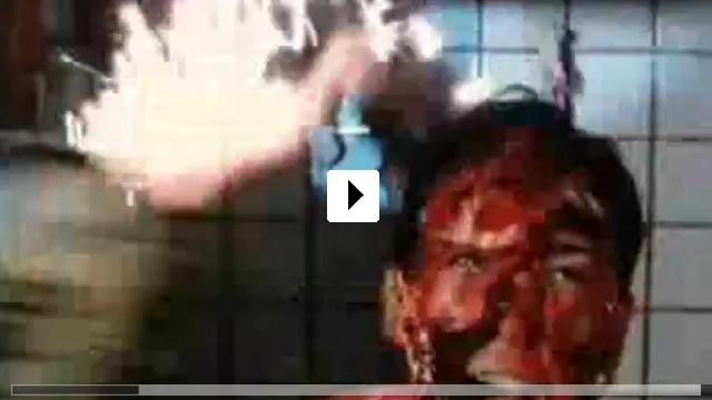 Zum Video: Das deutsche Kettensägen-Massaker