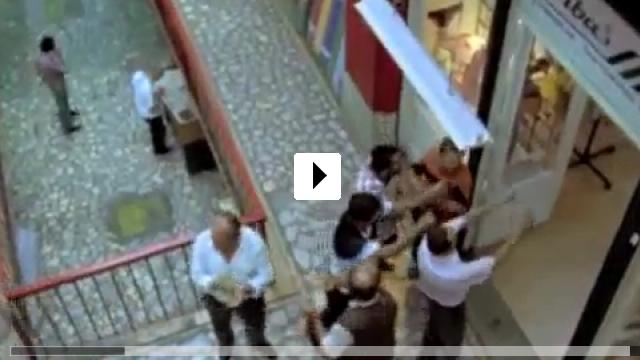 Zum Video: Liebe kommt unverhofft