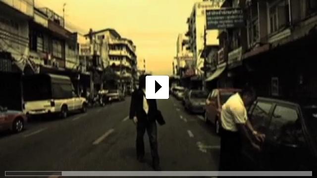 Zum Video: Bangkok Love Story