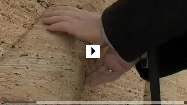 Zum Video: Der mit den Fingern sieht