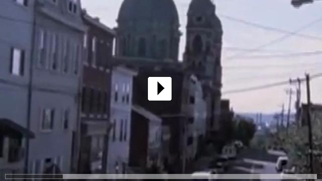 Zum Video: Strange Girls