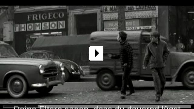 Zum Video: Sie küßten und sie schlugen ihn