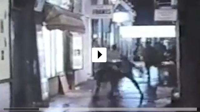 Zum Video: Deep End