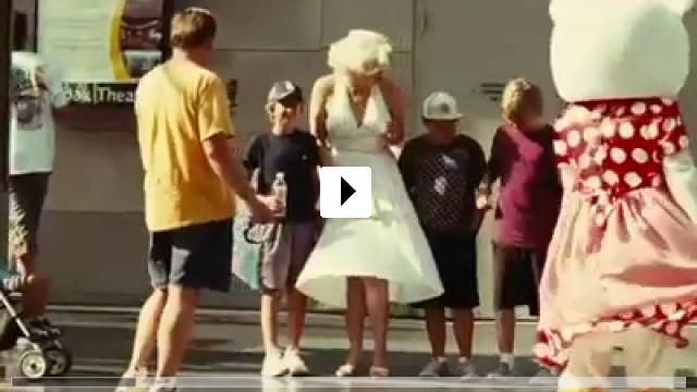 Zum Video: Di Di Hollywood