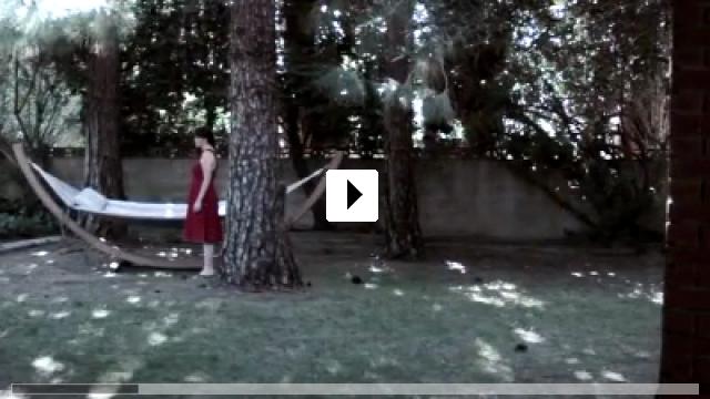 Zum Video: Mother's Red Dress
