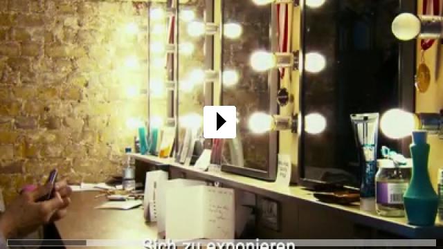 Zum Video: The Look