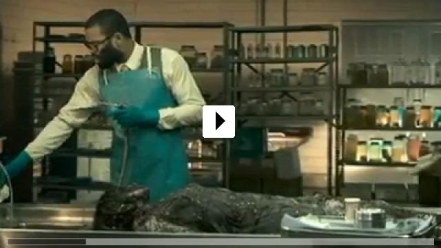 Zum Video: The Mortician