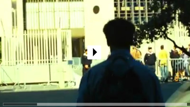 Zum Video: Safe House