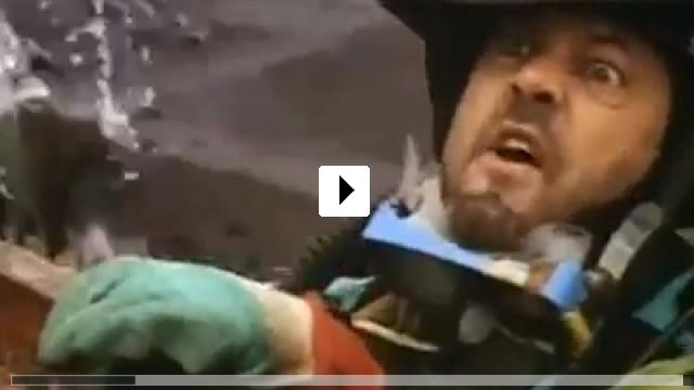 Zum Video: Nessie - Das Geheimnis von Loch Ness