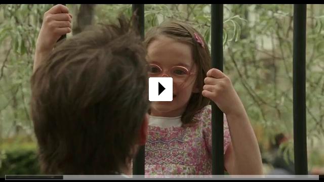 Zum Video: Die geheimnisvolle Fremde