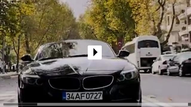 Zum Video: Sen Kimsin