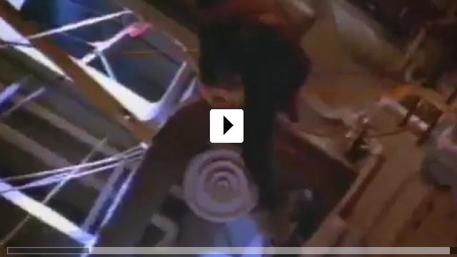 Zum Video: Alarmstufe: Rot