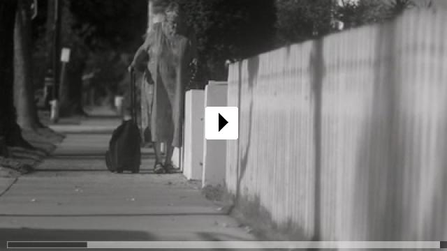 Zum Video: Pursuit of Loneliness