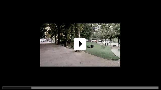 Zum Video: Der kleine Scheißer