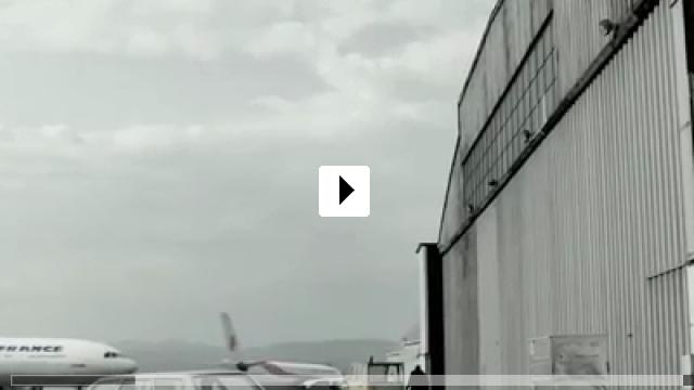 Zum Video: The Assault